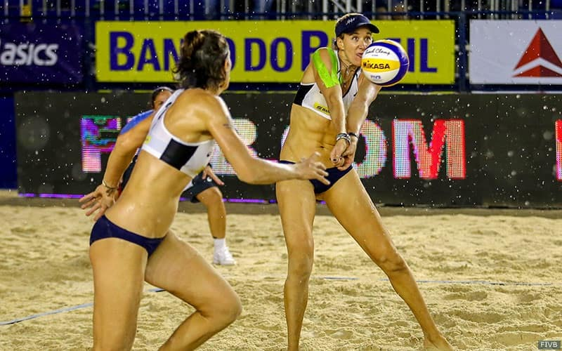 Kerri Walsh receives the ball with Nicole Branagh